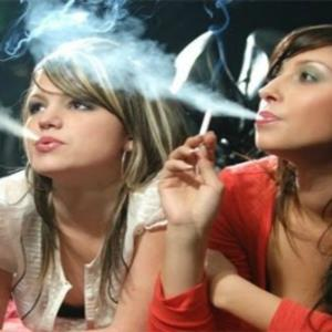 POLL of the DAY (141): SMOKING OK IN MODERATION?